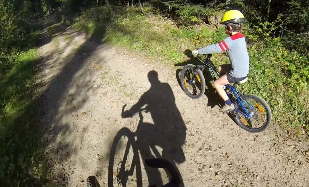 family mountain biking in bambesch