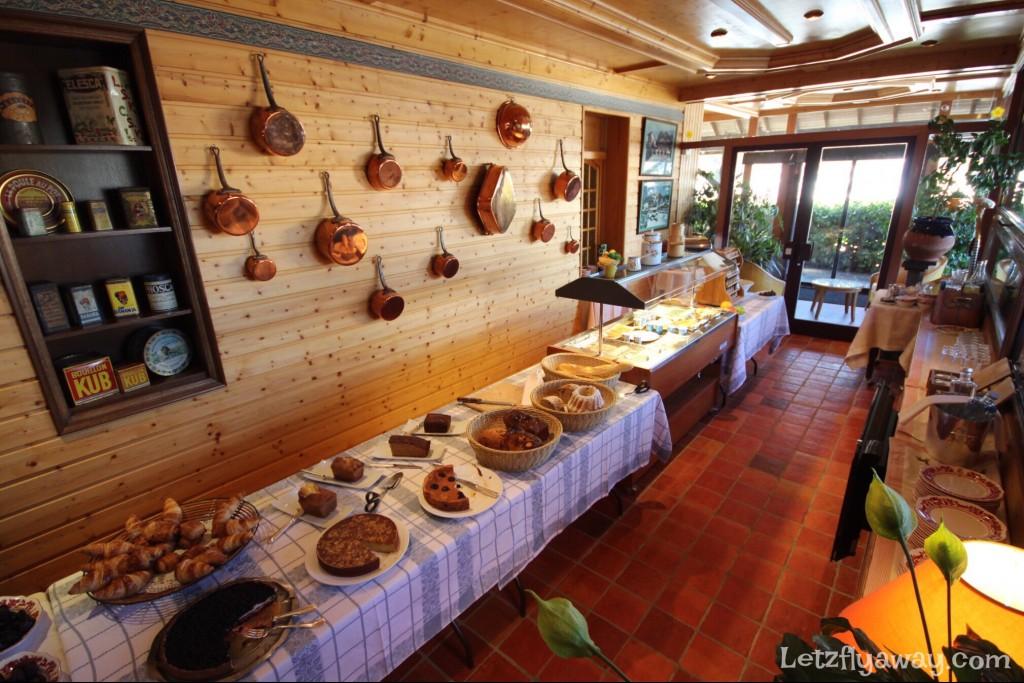 Hostellerie les Bas Rupts Relais & Châteaux in Gérardmer Breakfast Buffet