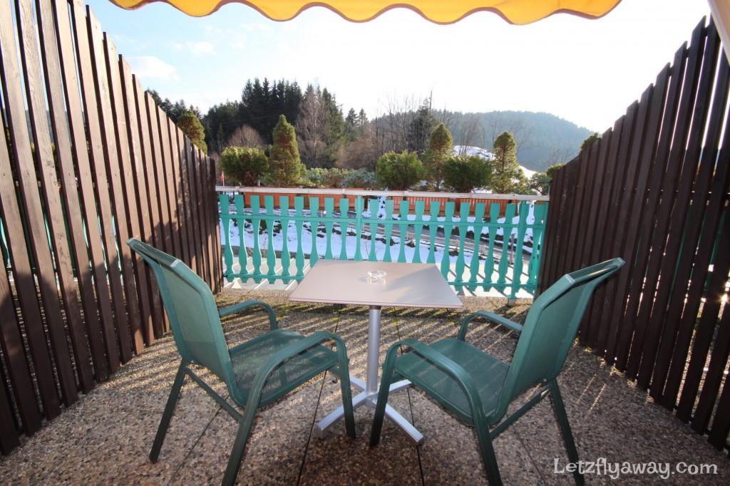 Hostellerie les Bas Rupts Relais & Châteaux in Gérardmer terrace