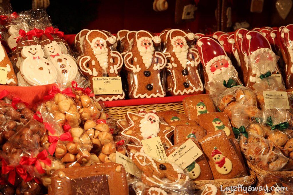 christmas market lebkuchen gingerbread