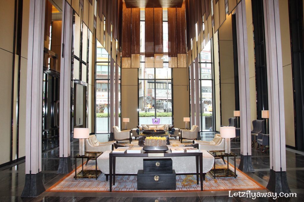 Four Seasons Hotel Seoul Lobby