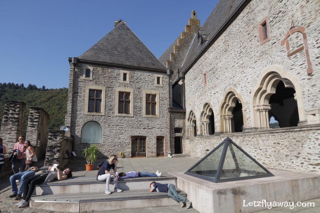 Vianden castle inner courtyard