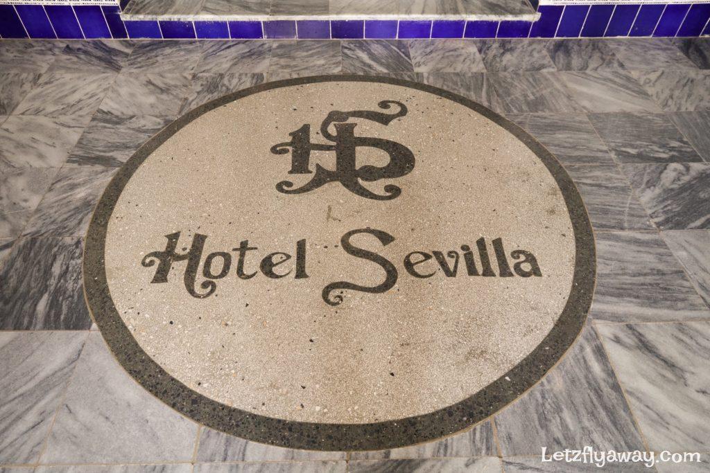 Hotel Mercure Sevilla Havana Cuba Hotel entrance