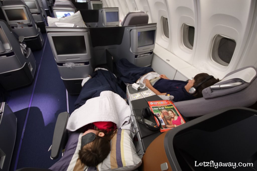 Lufthansa Business Class Boeing 747-8 with kids
