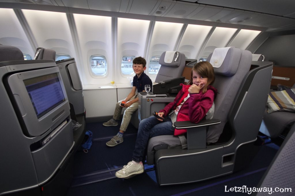Lufthansa Business Class Boeing 747-8 Upper Deck with Kids
