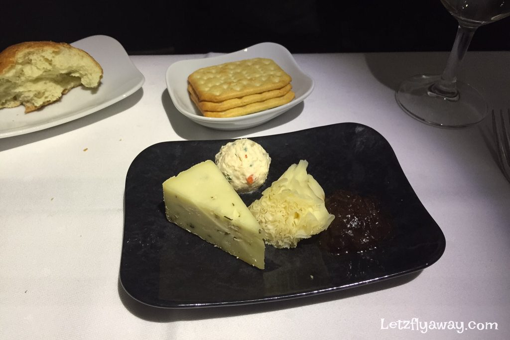 Lufthansa Business Class Cheese and crackers