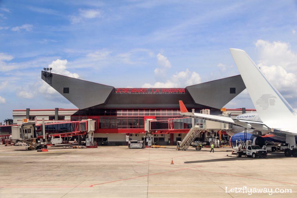 havana airport tarmac