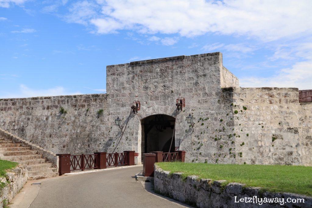 havana old fort entrance