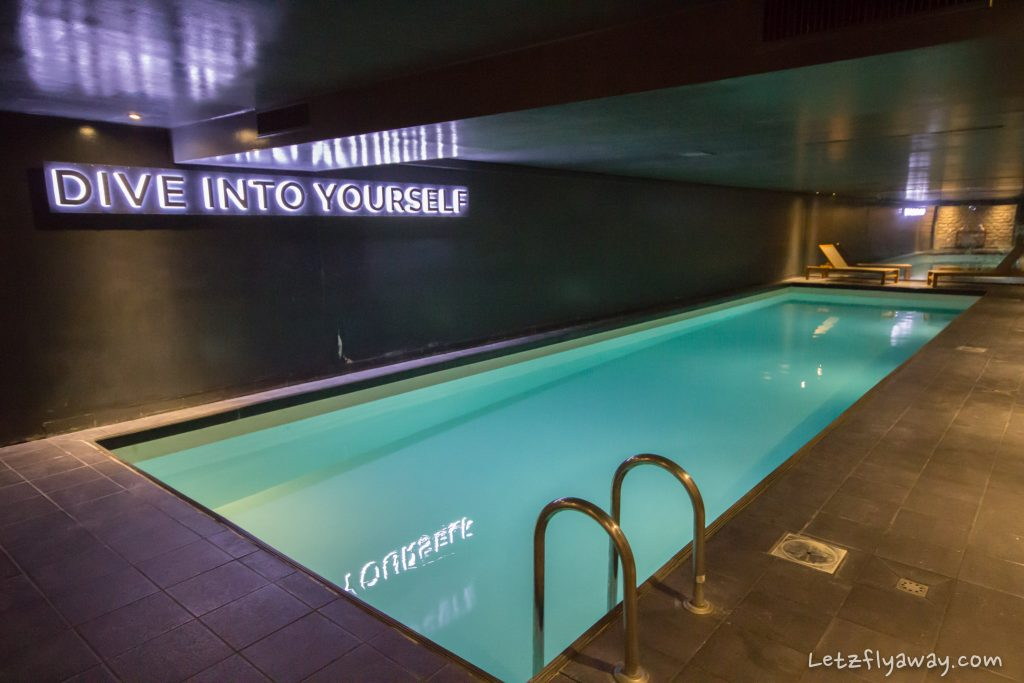 Saint James Albany Paris Hotel pool