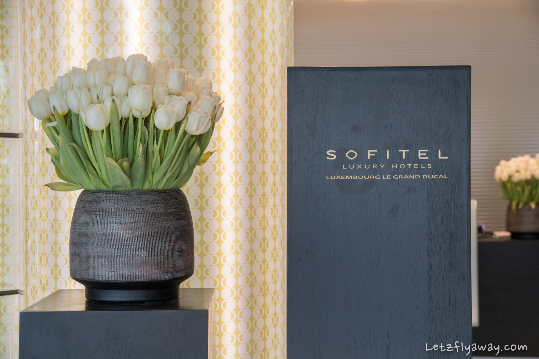 Sofitel Le Grand Ducal lobby flowers