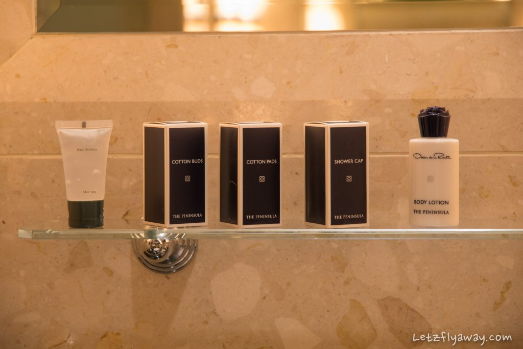 Peninsula Bangkok oscar de la renta bathroom amenities