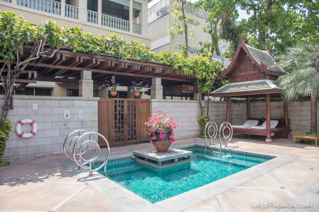 Peninsula Bangkok kids pool