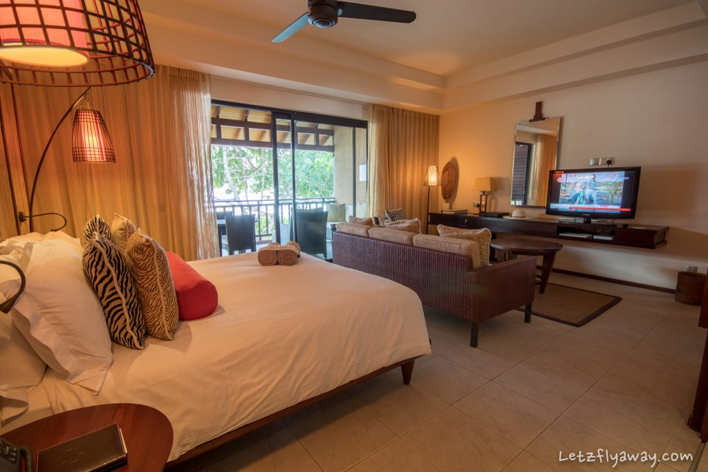Constance Ephelia Resort room