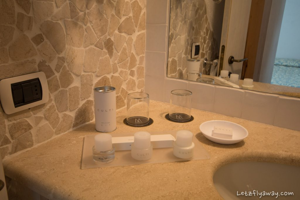 Grand Hotel Poltu Quatu bathroom amenities
