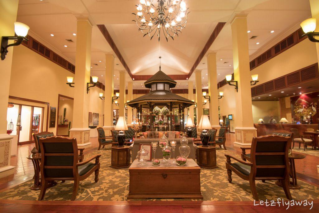 Sofitel Angkor lobby
