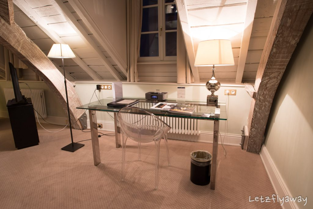 Hotel Le Place d'Armes Luxembourg work desk