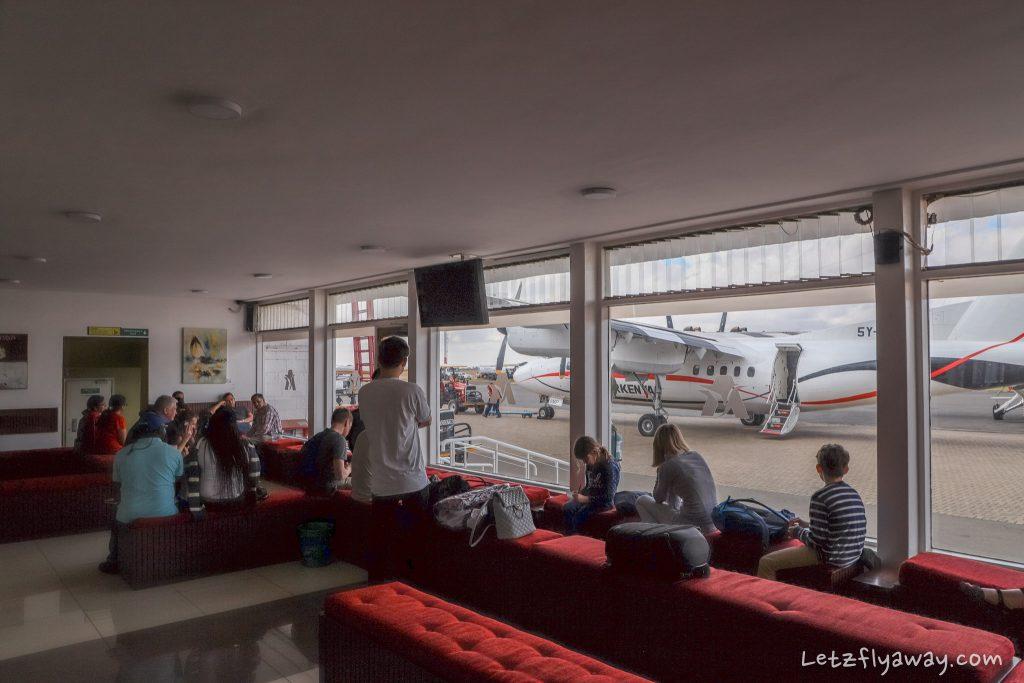 wilson airport departure lounge