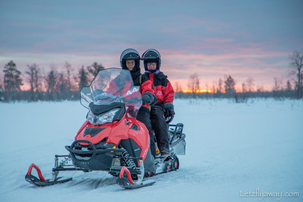 snowmobile safari in Levi with Kids